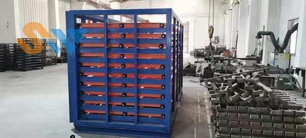 调试好的板材存储货架 (2)