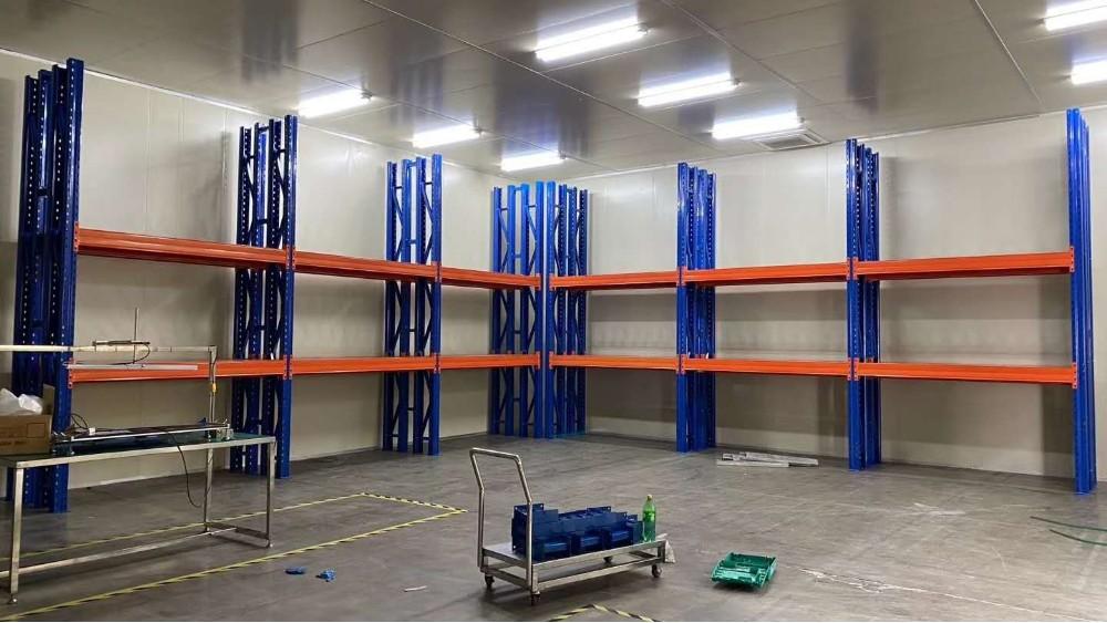 四立柱横梁式货架案例展示