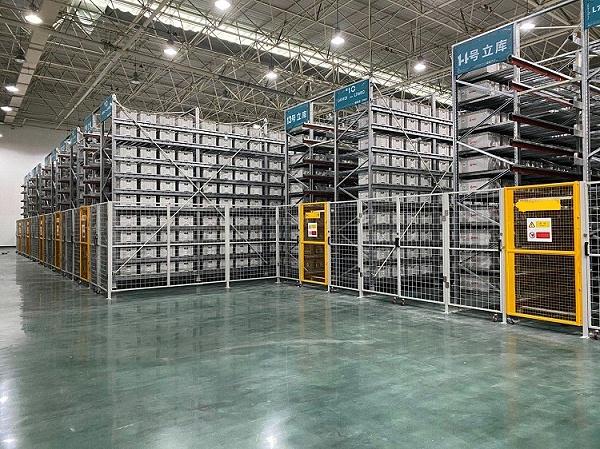 森沃仓储:料箱式自动化立体库 (1)