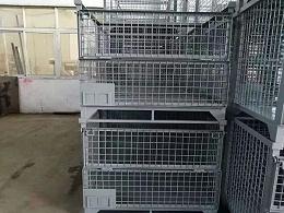 仓储中可堆垛、有折叠门的钢制料箱