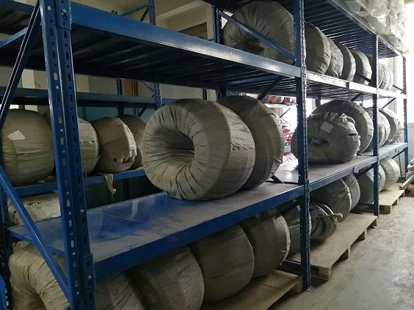 森沃仓储:重型层板货架案例图1