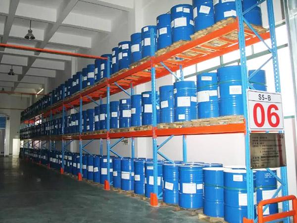 森沃仓储分享使用重型货架需要注意事项!