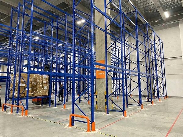 森沃仓储:三立柱高位货架验收现场 (4)
