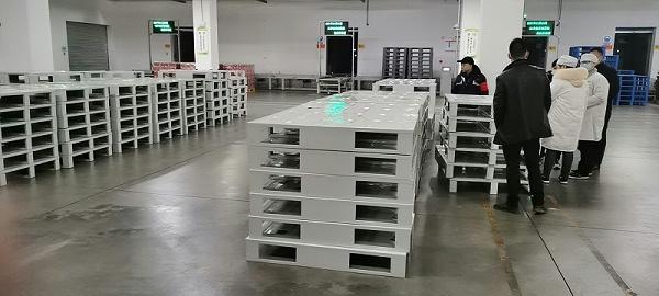 森沃仓储:江中食疗钢托盘验收现场 (2)